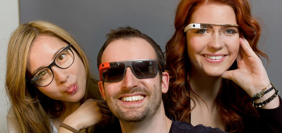 Google Glass projesinin yeni adı : Project Aura