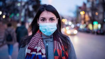 Koronavirüse Karşı Koruma Sağlamayan Maskeler Açıklandı!