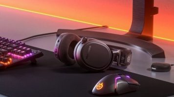 Bubitekno-steelseries-pc-ve-playstation-icin-arctis-9-dual-wireless-kulakligini-tanitti